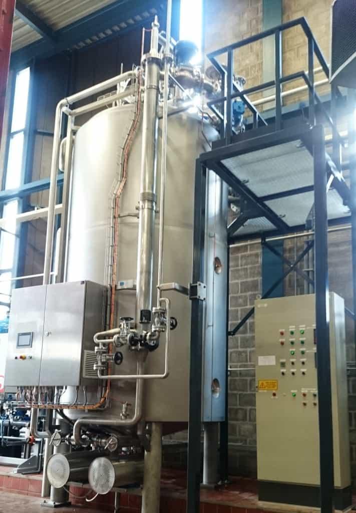 Meet en regelsysteem heetwater unit
